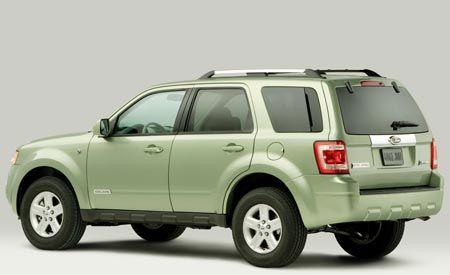 Hybrid Interest Wanes as Buyers Consider Diesels, Study Says