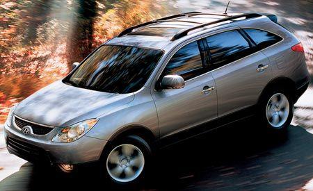 Hyundai Entourage Limited vs. Hyundai Veracruz Limited - Why Buy a Crossover?