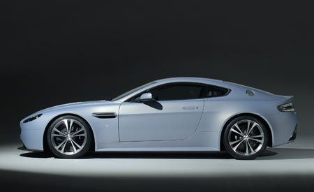 Aston Martin V-12 Vantage RS Concept