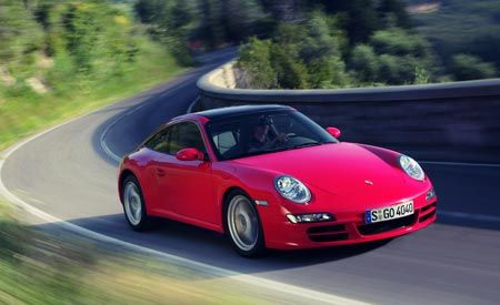 Porsche Sets 911 Sales Record