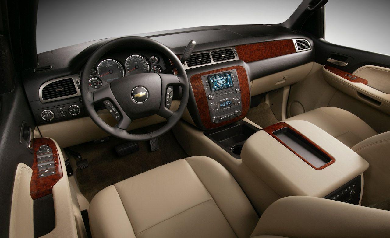 Chevrolet Suburban Reviews | Chevrolet Suburban Price, Photos, and Specs |  Car and Driver