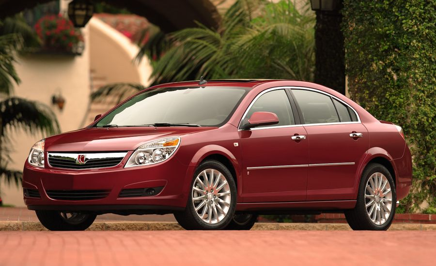 2008 Saturn Aura And Green Line