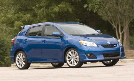 2009 Toyota Matrix First Drive Review Reviews Car And Driver