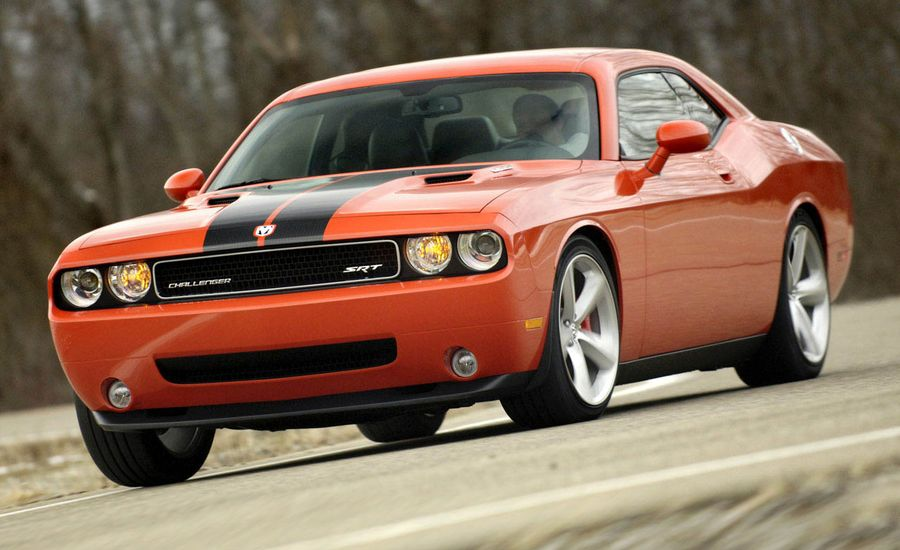2008 dodge challenger srt8 first drive review car and driver. Black Bedroom Furniture Sets. Home Design Ideas