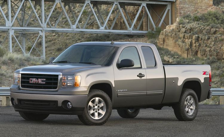 2008 GMC Sierra and Sierra HD