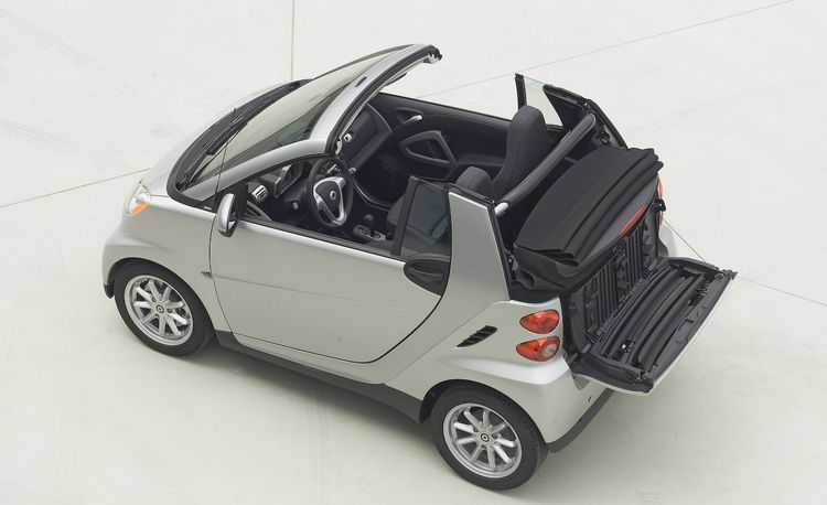 2013 smart fortwo electric drive first drive review car and driver. Black Bedroom Furniture Sets. Home Design Ideas