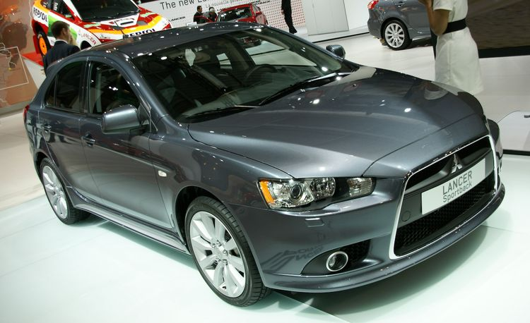 2009 Mitsubishi Lancer Sportback – Official Photos and Info