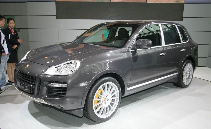 2009 porsche cayenne turbo s auto shows news car and. Black Bedroom Furniture Sets. Home Design Ideas