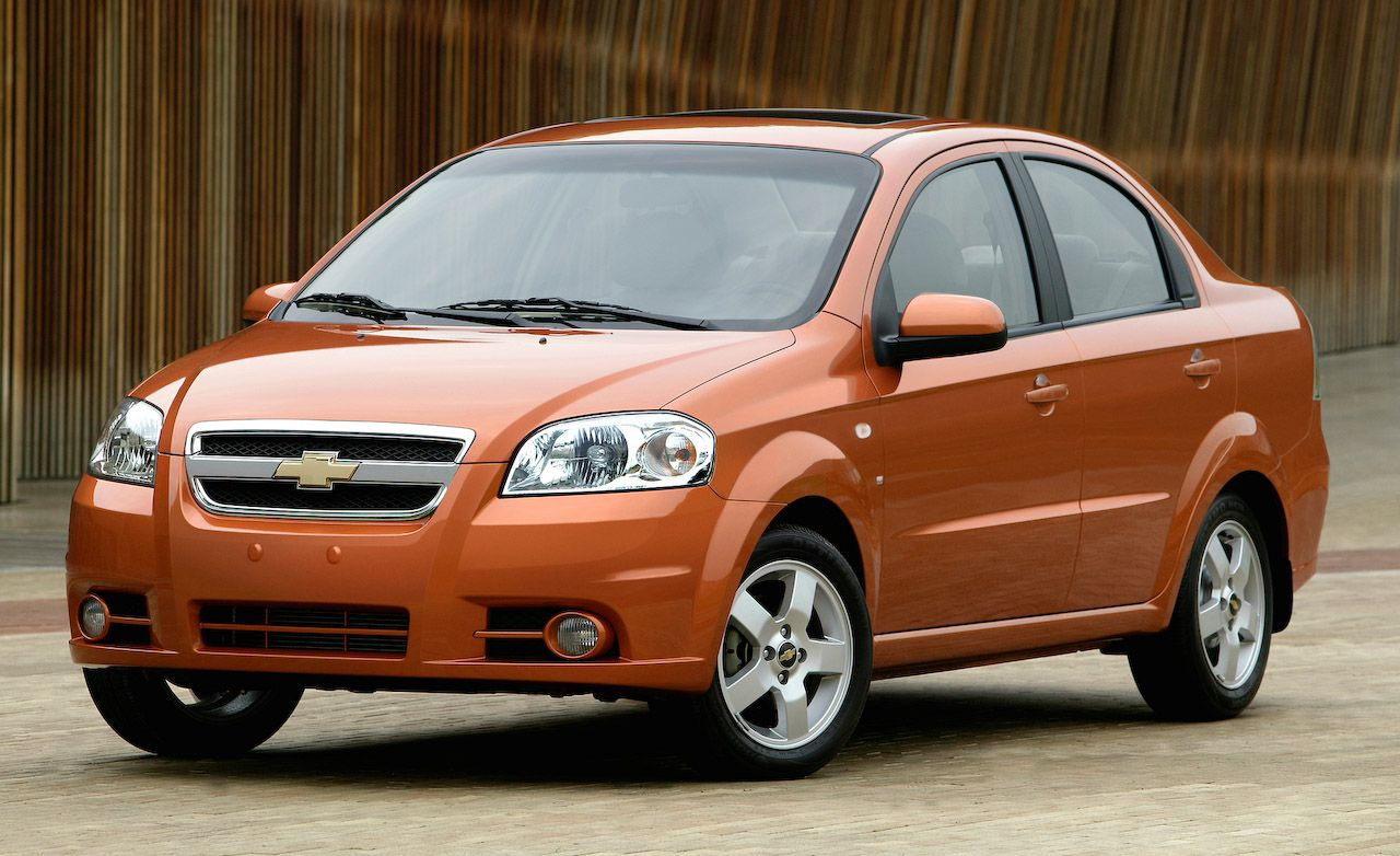 Chevrolet Volt and Aveo, Pontiac G3 Among Small Cars That Need Big Profits
