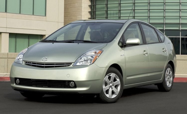 Toyota Prius and Camry, Ford Escape, Chevrolet Tahoe Among Hybrids in Demand