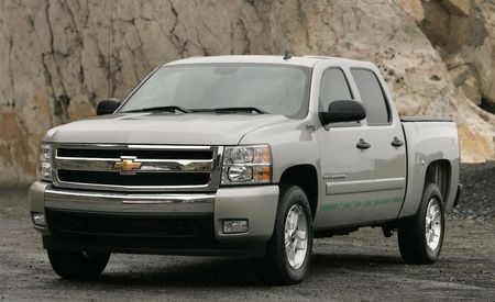 2009 Chevrolet Silverado and GMC Sierra Hybrid