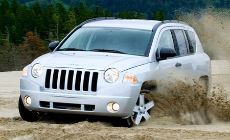 2009 Jeep Compass and Patriot Get New Interiors
