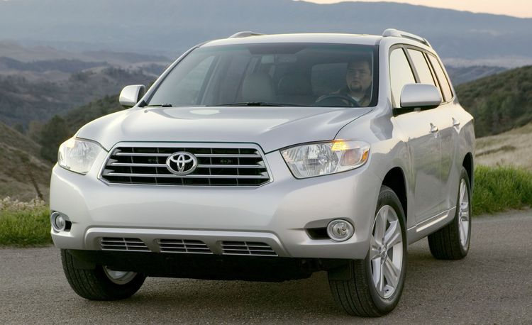2009 Toyota Highlander to Get New Four-Cylinder Engine