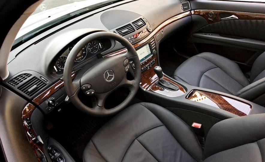 2006 Mercedes-Benz E350 sedan - Slide 24