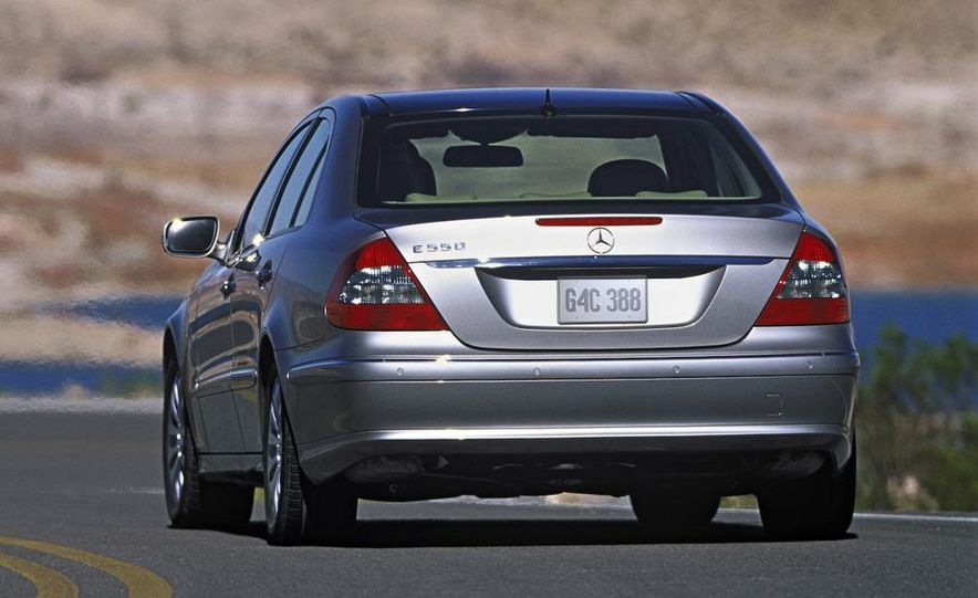 2006 Mercedes-Benz E350 sedan - Slide 16