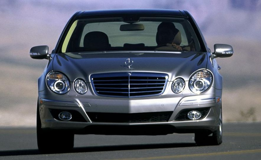 2006 Mercedes-Benz E350 sedan - Slide 17