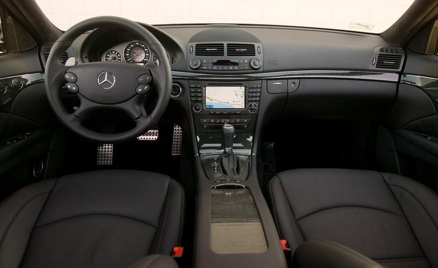 2006 Mercedes-Benz E350 sedan - Slide 11