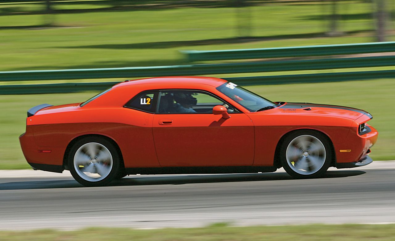 LL2: 2008 Dodge Challenger SRT8