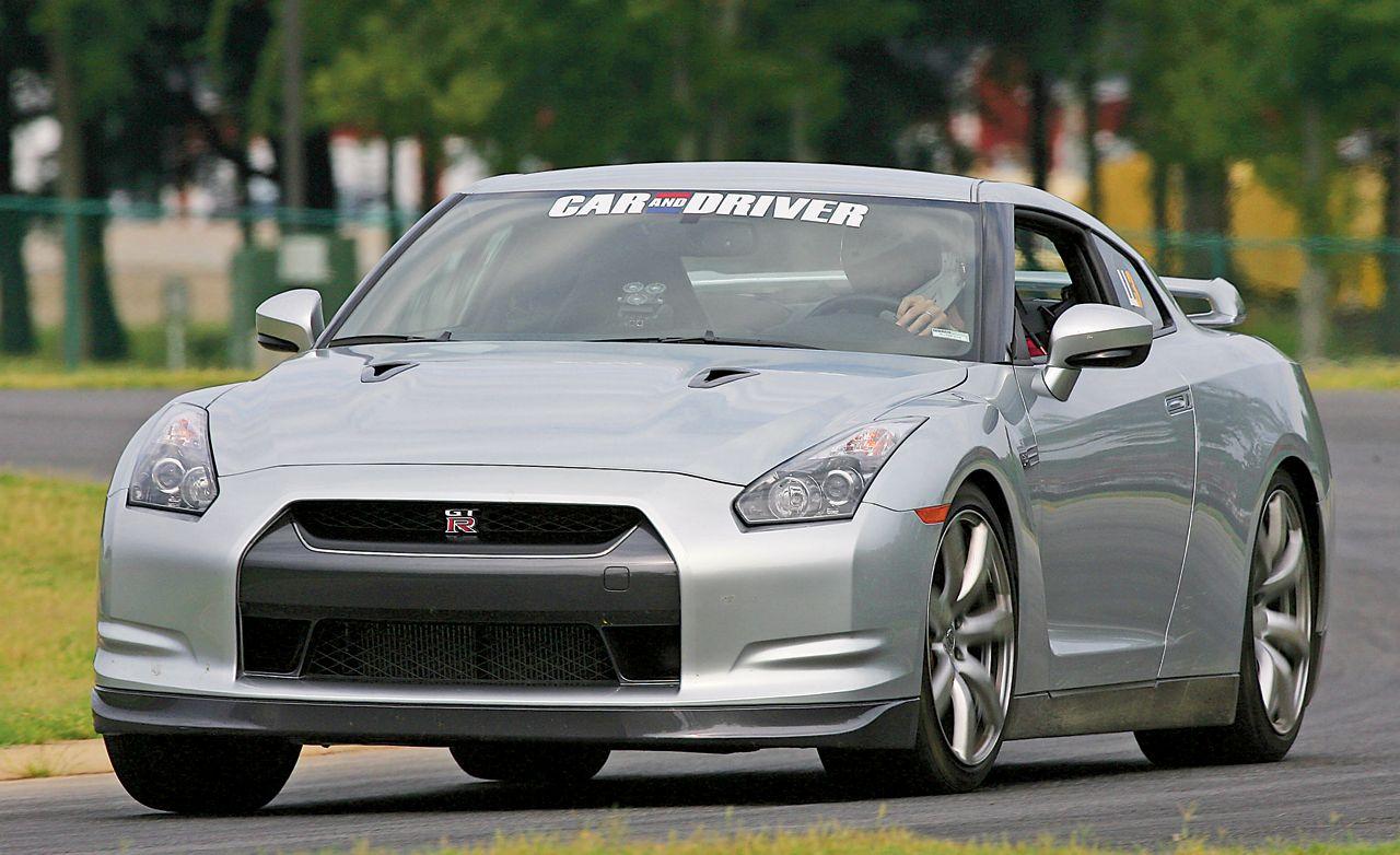 LL3: 2009 Nissan GT-R