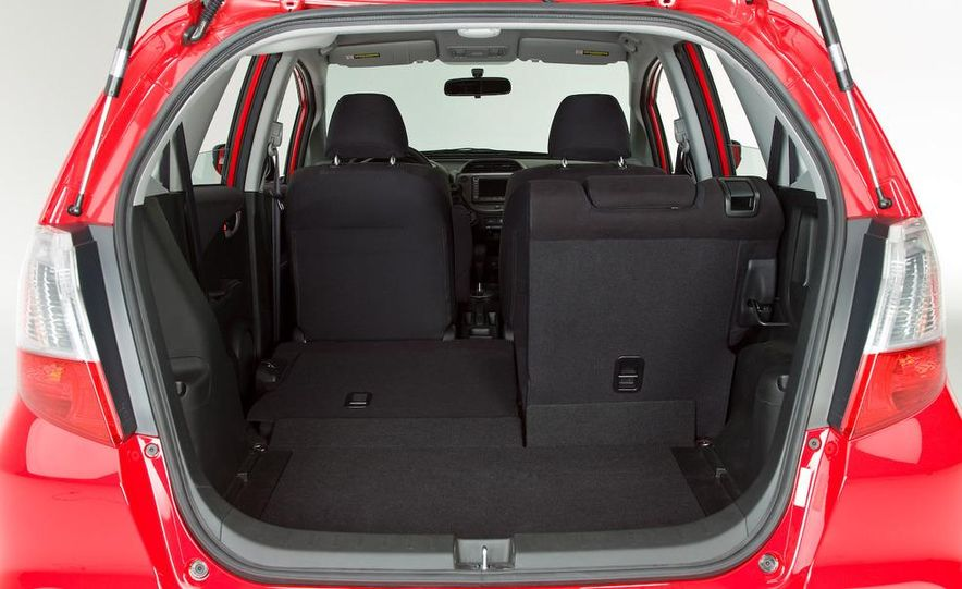 2010 Honda Fit Sport - Slide 8
