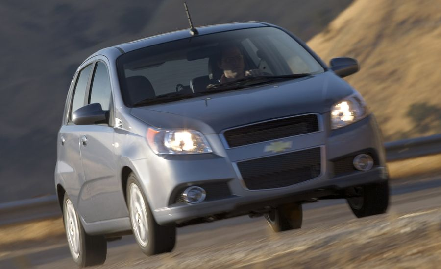 2009 chevrolet aveo aveo5 review car and driver. Black Bedroom Furniture Sets. Home Design Ideas