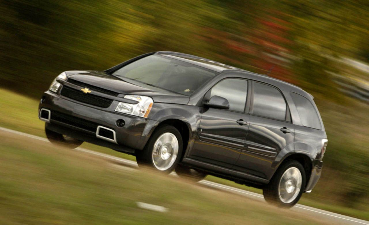 Equinox 2008 chevy equinox : 2009 Chevrolet Equinox – Review – Car and Driver