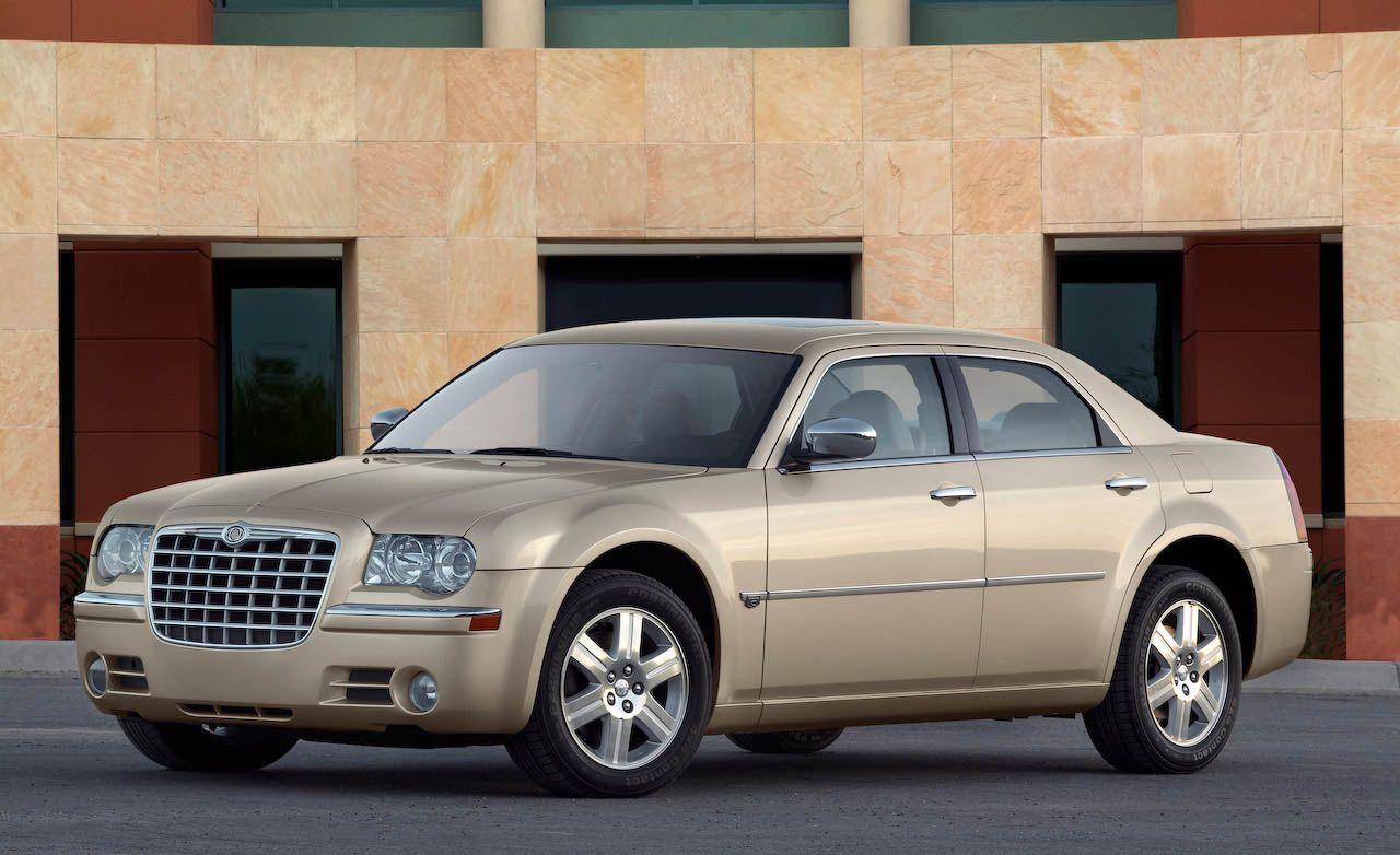 2009 chrysler 300 300c srt8 rh caranddriver com 2009 Chrysler 300C Heritage Edition 2009 Chrysler 300C SRT8 Review