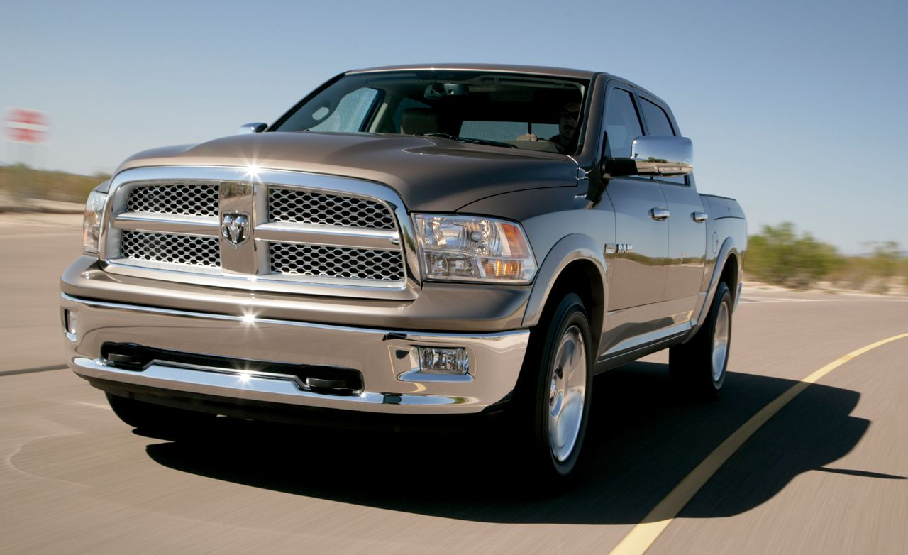 2009 dodge ram 1500 first drive review reviews car and driver. Black Bedroom Furniture Sets. Home Design Ideas