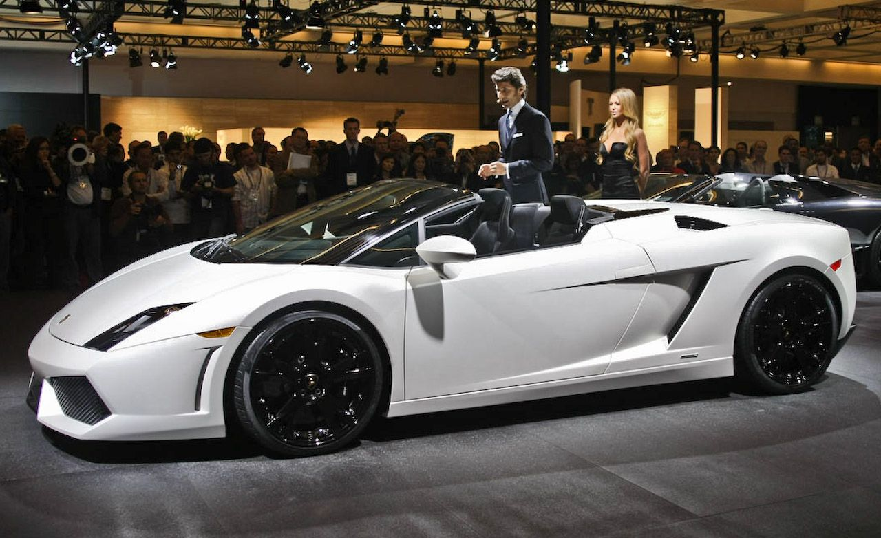 How much does a lamborghini gallardo spyder cost