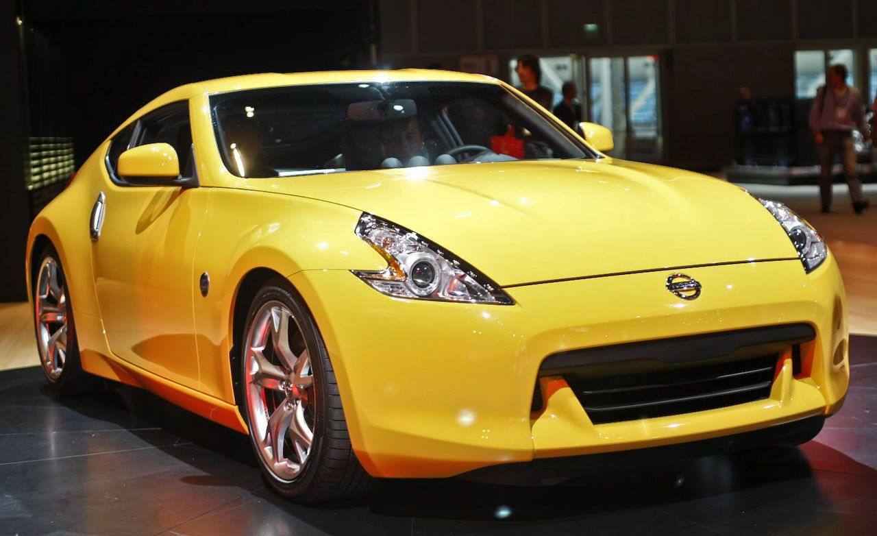2009 nissan 370z official photos and info. Black Bedroom Furniture Sets. Home Design Ideas