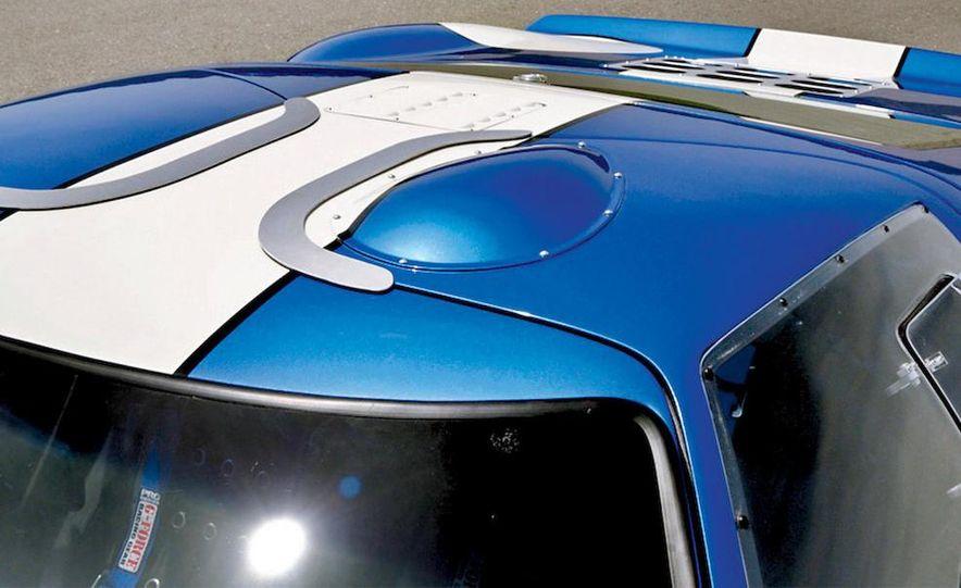 Superformance GT40 MKII - Slide 16