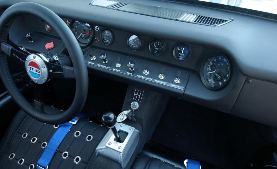 Superformance GT40 MKII - Slide 21