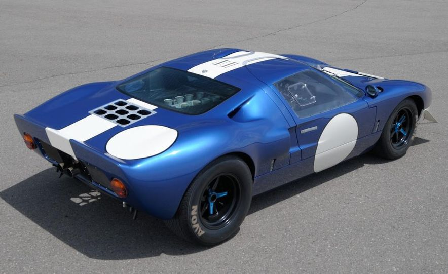 Superformance GT40 MKII - Slide 12