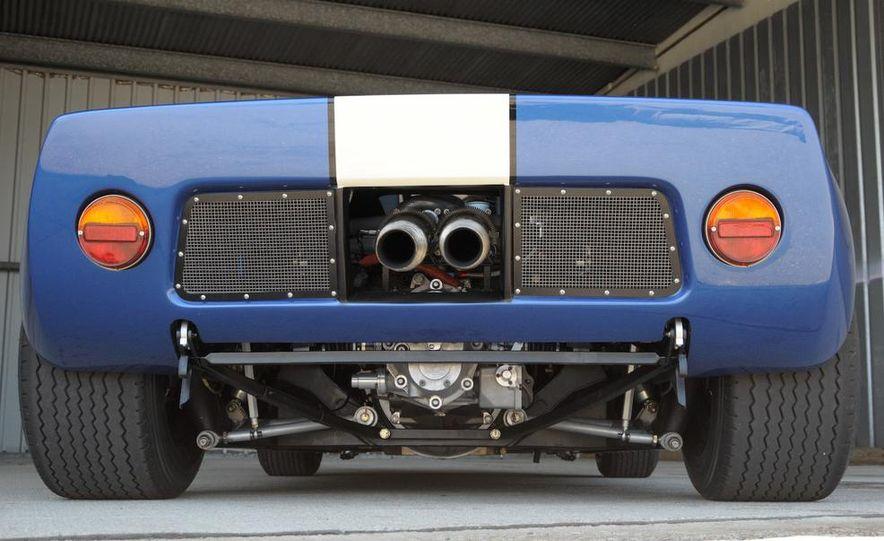 Superformance GT40 MKII - Slide 15