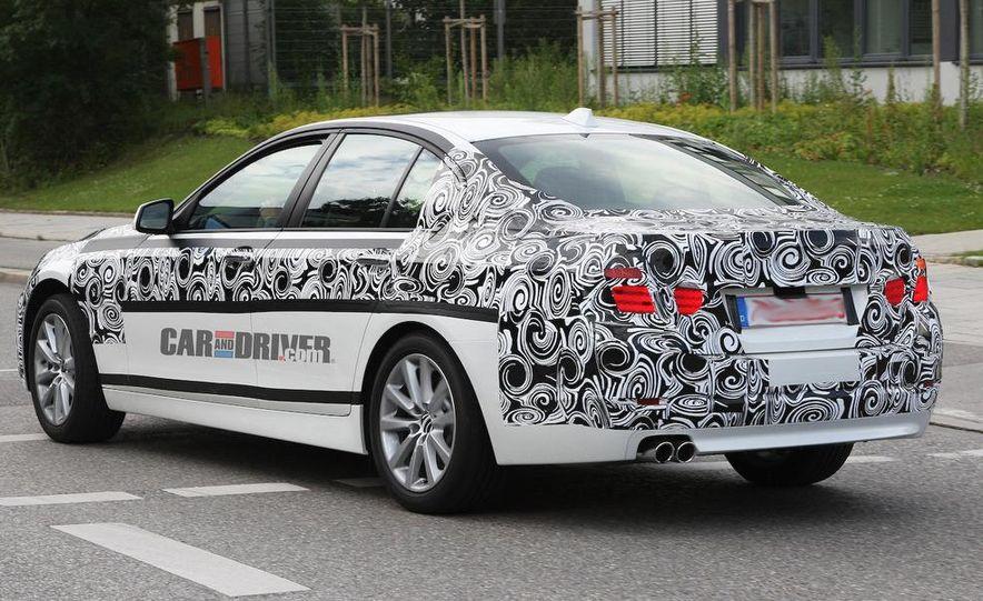 2011 BMW 5-series sedan (spy photo) - Slide 7