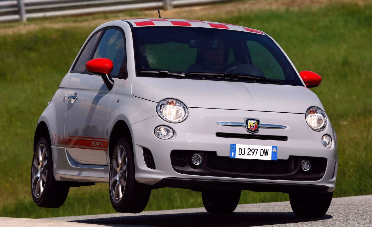 2009 fiat 500 abarth review car and driver. Black Bedroom Furniture Sets. Home Design Ideas