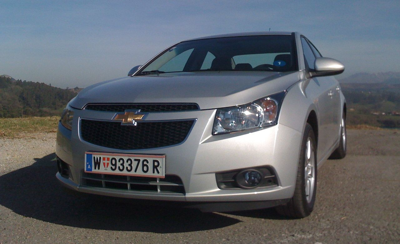 Cruze chevy cruze 2011 review 2011 Chevrolet Cruze – Review – Car and Driver