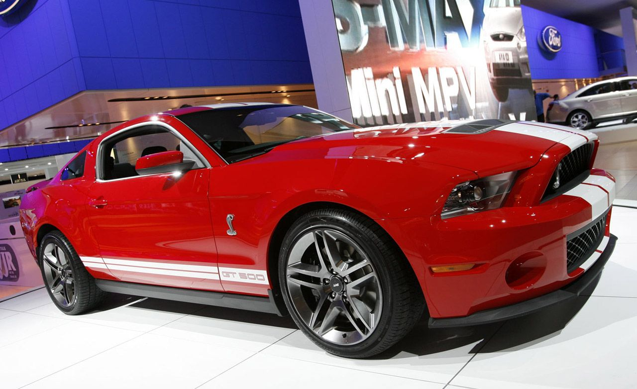 2010 ford mustang shelby gt500. Black Bedroom Furniture Sets. Home Design Ideas
