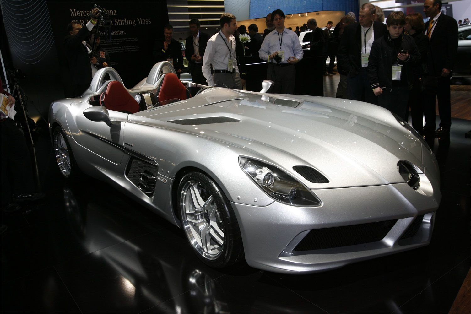 mercedes benz slr mclaren stirling moss. Black Bedroom Furniture Sets. Home Design Ideas