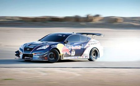 RMR Red Bull Hyundai Genesis Coupe
