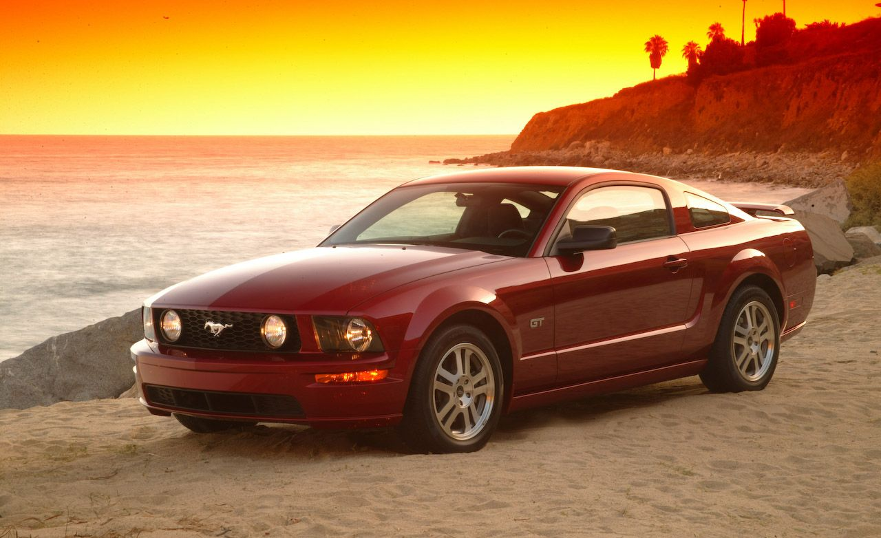Certified Pre-Owned: 2005 - 2009 Ford Mustang GT