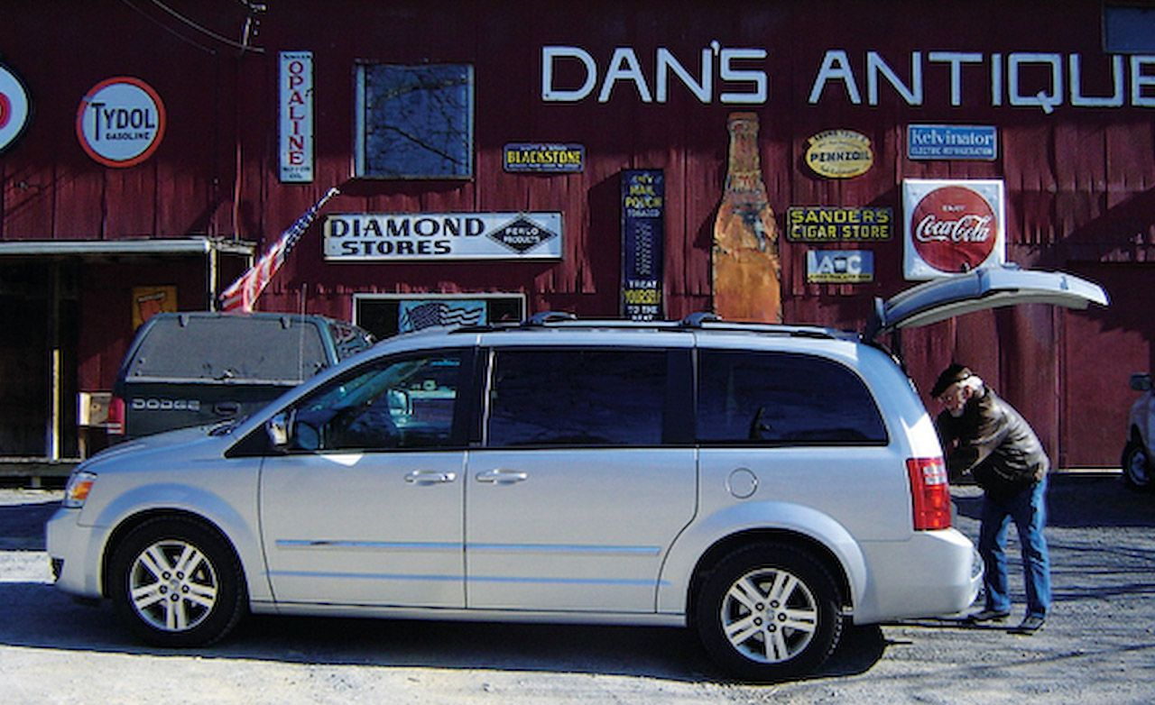 2008 Dodge Grand Caravan Sxt Review Car And Driver