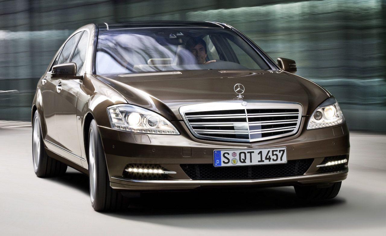 2010 Mercedes Benz S Class S550 S600 Review Car And Driver