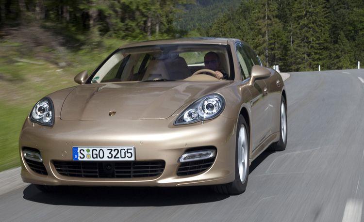 2010 Porsche Panamera S / 4S / Turbo