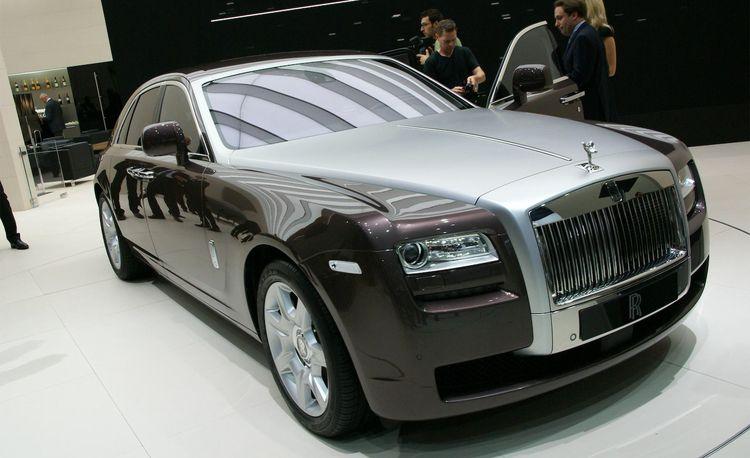 2010 Rolls-Royce Ghost Announced