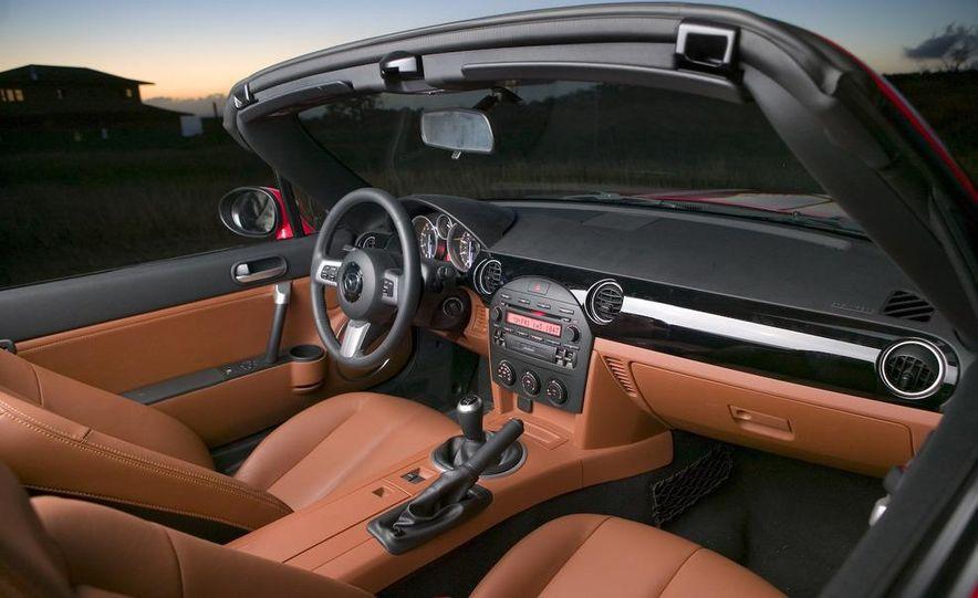 2009 Mazda MX-5 Miata PRHT (Power Retractable Hardtop) Grand Touring - Slide 65