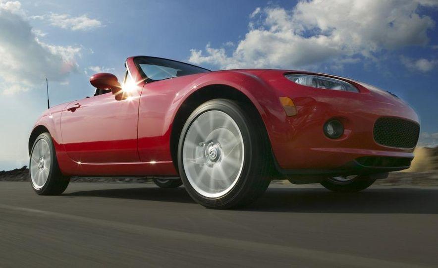 2009 Mazda MX-5 Miata PRHT (Power Retractable Hardtop) Grand Touring - Slide 27