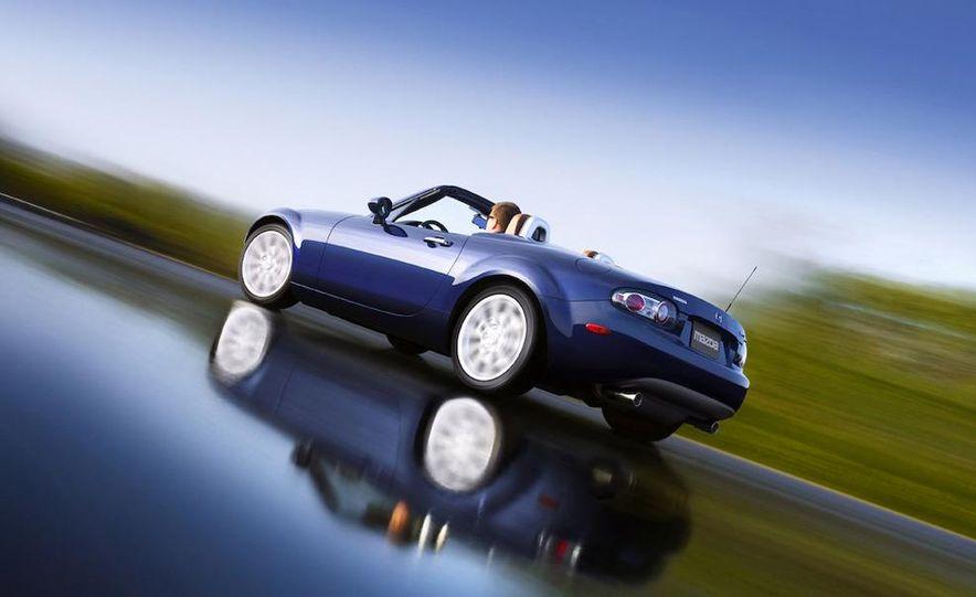 2009 Mazda MX-5 Miata PRHT (Power Retractable Hardtop) Grand Touring - Slide 36