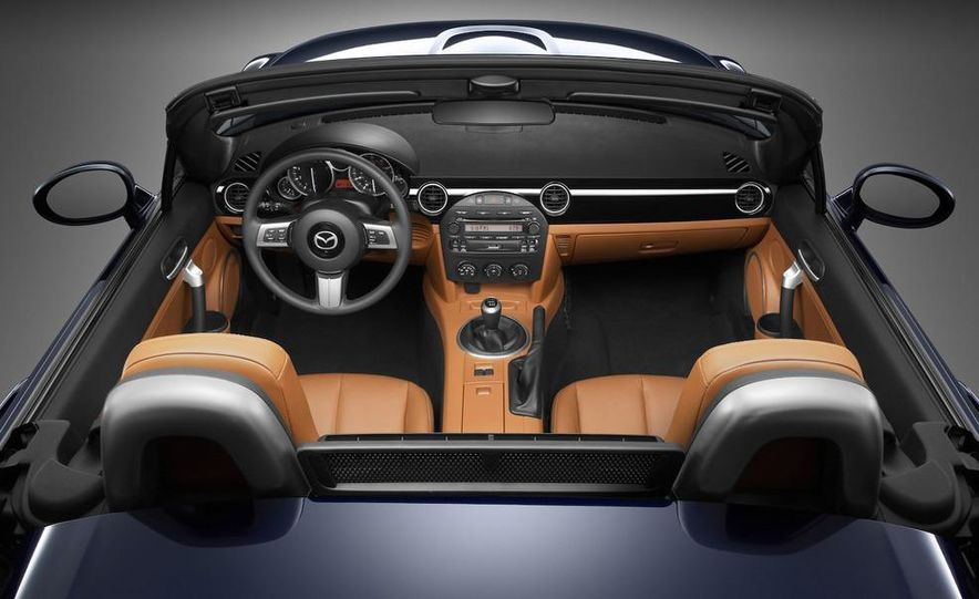 2009 Mazda MX-5 Miata PRHT (Power Retractable Hardtop) Grand Touring - Slide 67