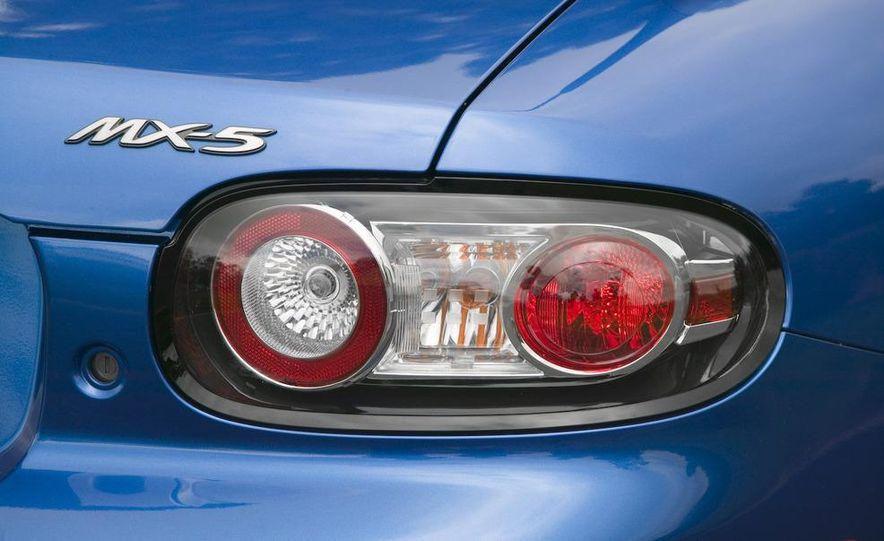 2009 Mazda MX-5 Miata PRHT (Power Retractable Hardtop) Grand Touring - Slide 57